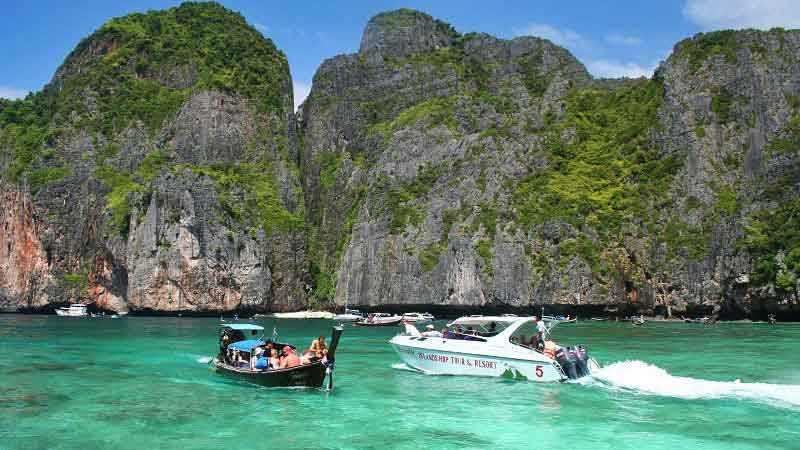 Full-Day Hong Islands Tour By Speed Boat